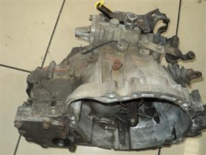 TOYOTA SUPERCHARGE LSD 5SPD GEARBOX R2500 *SPECIAL*