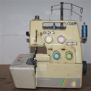 Over locker sewing machine S033269A #Rosettenvillepawnshop