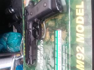 M92 co2 pistol