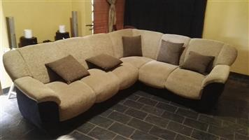 Cambridge Chenille Corner Lounge suite with scatter cushions
