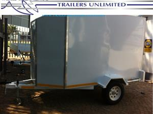 TRAILERS UNLIMITED. ENCLOSED SINGLE AXLE TRAILER.