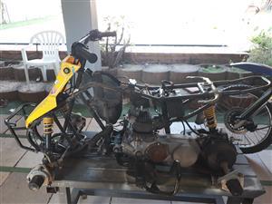 Suzuki LT 80 4wheeler stripped, spares available