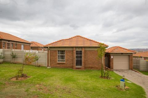 Now is the Time Establishing yourself and your family, Come and view this Real Stunning 3 Bedroom 2 bathroom house for only R985 000.00