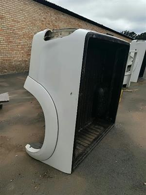 Toyota hilux double cab load bin for sale (Neat and rubberised)