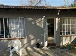 Sunninghill - 1 bedroom 1 bathroom cottage available R6350