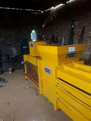 Industrial recycling bailer machines