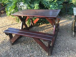 Hey judes for wonderful bench tables for the garden!