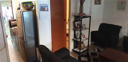 3 Bedroom Maisonette for sale in Leonsdale