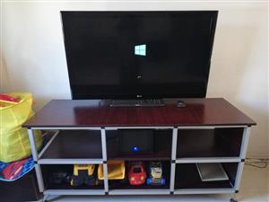 LG Flatscreen tv for sale