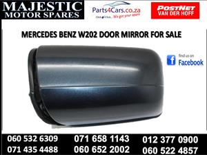 Mercedes benz w204 door mirror for sale