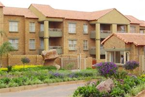 2 Bedroom Townhouse To Let in Casa Bella, Die Hoewes, Centurion