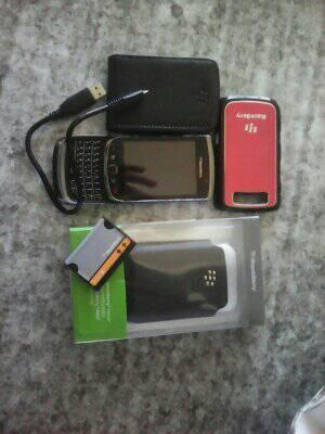 BlackBerry 9800 ( Torch)