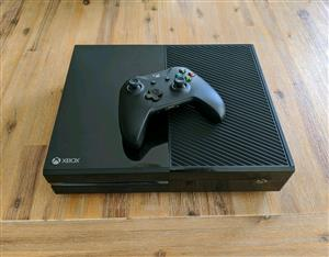 Xbox one 500gb console includes all cables and 1 control price R3000