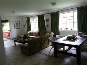 3 Bed house on 1400sm garden on plot in Nooitgedacht / Lanseria area