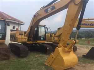 2013 Caterpiller 320D Excavator