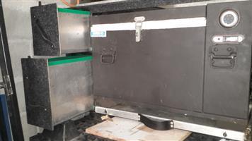 Large 4x4 Drawer /packing system with 60 litre Danfoss compressor run 12/220 volt fridge freezer