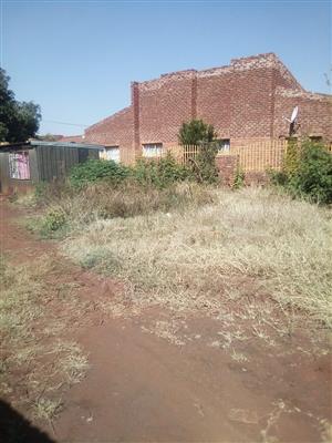 STAND FORSALE@GARANKUWA ZONE 7 R250.000