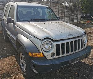 Jeep Cherokee 2005 #5w v6 Stripping for spares