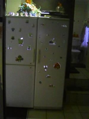 Doubledoor fridge