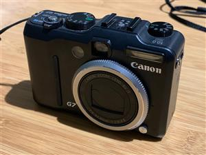 Canon G7 10MP camera + Underwater housing