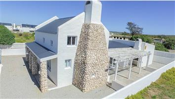 Paternoster Holiday Home - Available throughout the year!