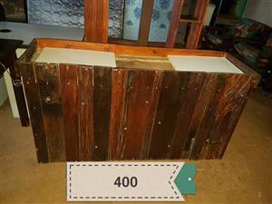 Wooden pallet server for sale skakel