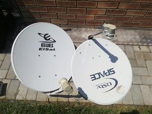 2 x DSTV skottels plus 1 bracket te koop