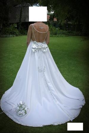 Size 10 White & Silver Wedding gown.