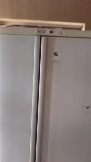 Double door Defy frige/freezer for sale