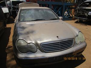 MERCEDES BENZ W203 STRIPPING FOR SPARES