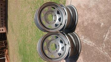 Nissan Bakkie One Tonner Steel Rims