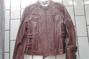 Large ladies harley davidson leather jacket S035921C