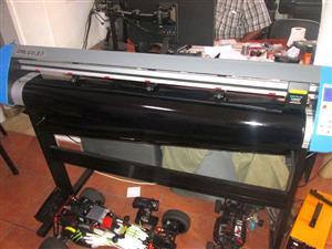 V3-1660 V-Smart Contour Cutting Vinyl Cutter 1660mm Working Area Vinyl Cutter