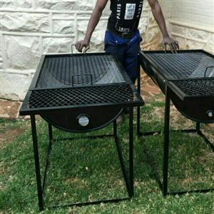 Drum braai stands built into a frame with wheels