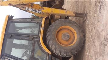 JCB 3DX TLB 2015 MODEL