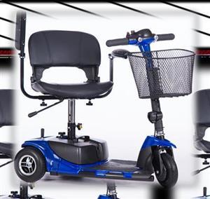 Mobile scooter en Wheelchair. Dis nuut Nog in die box.