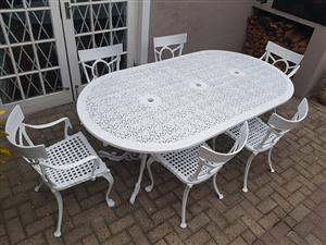 White CAST ALUMINIUM 6 Seater patio set with 6 chairs