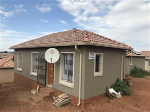 3 bedroom to Rent in Glenway estate, Mamelodi