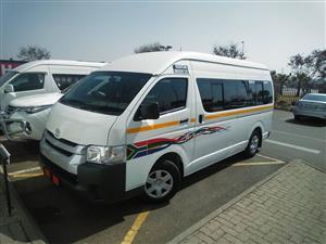 2013 Toyota Quantum 2.7 GL 14 seater bus