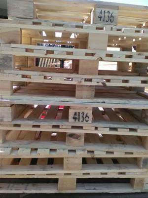wooden pallets for sale @ R40 each, call Cairo 0629413358