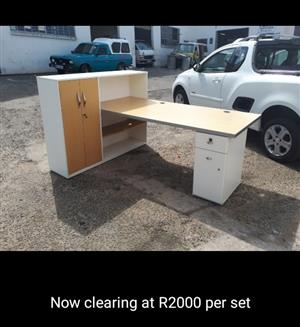 Office work station desk at a bargain