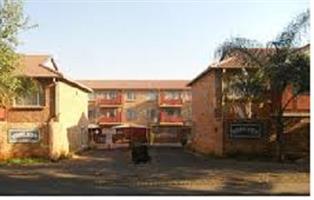 One Bedroom Luxury Flat in Mountain View Pretoria
