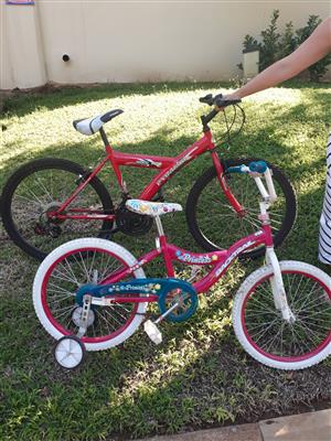 Children's bicycles x 2