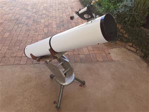 150mm (6 inch) Newtonian Reflector Telescope