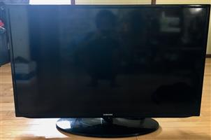 Samsung 40 inch led tv full hd fhd led tv tv wide color enhancer plus dolby digital plus dolby pulse connect share usb [full hd crystal clear picture brand new 2 hdmi ports 1x usb remote included Contact Abdul 0744957666