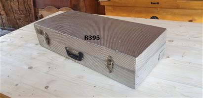Aliminium Carry Case (785x340x175)