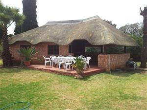 Two Bedroom Flat to Rent in Valhalla [Close to Zwartkop]