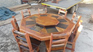 8 sitplek tafel met lazy zuzan