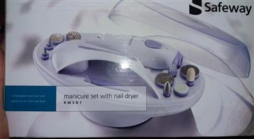 Safeway manicure set