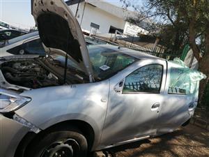 RENAULT SANDERO 900T Spares For Sale